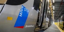 Hoofddoek MIVB op bord verdeelde Brusselse regering