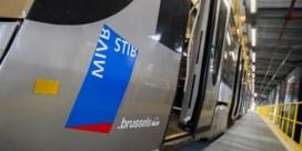 Hopeloos verdeelde Brusselse regering krijgt hoofddoekendebat MIVB op bord