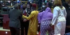 Chaos breekt uit in Afrikaans parlement tijdens zitting