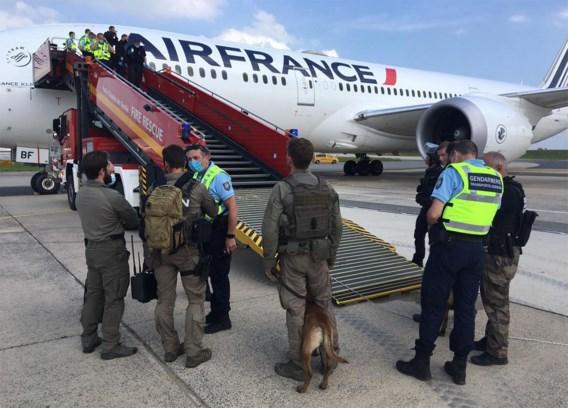 Vals alarm: toch geen bom aan boord van vliegtuig dat landde in Parijs