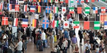 Waar moet u zich laten testen voor u afreist? En wat met reizen buiten de EU?