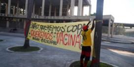 Bolsonaro biedt Brazilië brood, spelen en wellicht een vierde golf