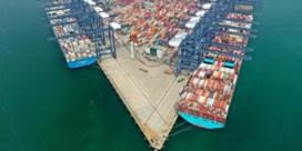 Corona verlamt een van drukste havens ter wereld