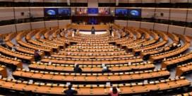 'Europese Commissie moet nu tegen Orban en co. optreden'