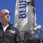 Jeff Bezos vergezelt eerste ruimtetoerist in eigen raket