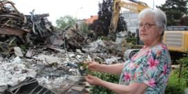 Loodsbrand vernielt volledige collectie oldtimers, films en antiek