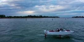 'Vliegende' boot moet huizen beschermen tegen erosie in Venetië