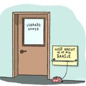 Maak de boekentassen lichter en de lessen gevarieerder