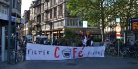 Ouders protesteren opnieuw voor verkeersveilige straat