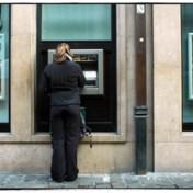 Klacht tegen plan van de banken om geldautomaten af te slanken