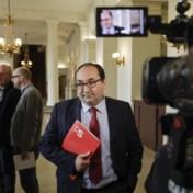 Oud hoofddoekencompromis moet Brusselse regering redden