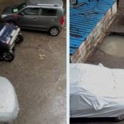 Auto in enkele seconden volledig opgeslokt door zinkgat in Mumbai