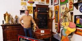 Verzamelaars, klanten en museum hebben nu stukje van bruine kroeg