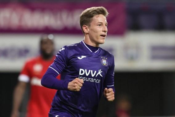 Yari Verschaeren verlengt contract tot 2024 bij Anderlecht