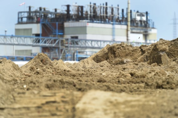 Burgemeester Zwijndrecht niet op de hoogte gebracht van PFOS-vervuiling: 'Betreurenswaardig'