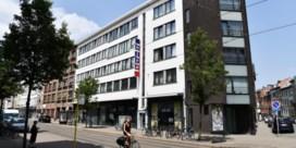 Familie Proost verkoopt Alvo in Lange Leemstraat aan Jumbo