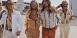 Foo Fighters worden (even) tributeband de Dee Gees
