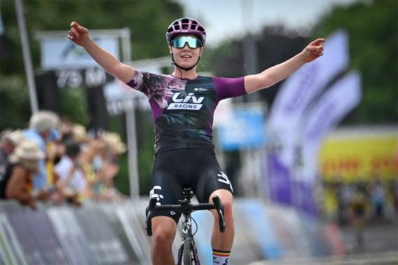 Lotte Kopecky volgt zichzelf op als Belgisch kampioene na solo van acht kilometer: 'Ik startte met superslechte benen'
