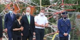 Alle vijf lichamen gevonden na instorting school in opbouw, koning Filip bezoekt rampplek