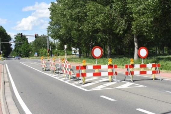 Groot zinkgat zorgt dagenlang voor verkeershinder in Mol