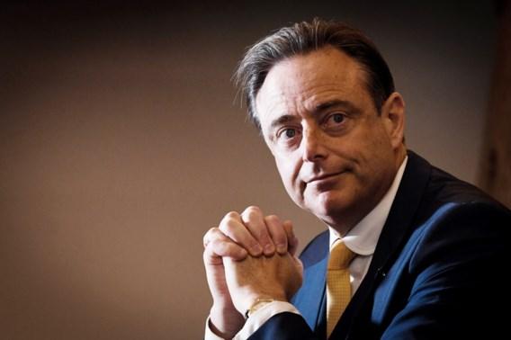 De Wever bijt van zich af in gemeenteraad over PFOS-dossier: 'Volksgezondheid voorop in élk dossier'