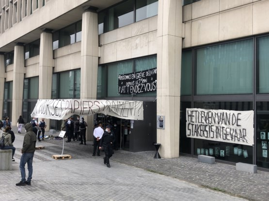 Bezetting Dienst Vreemdelingenzaken vreedzaam afgelopen