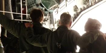 Koning Filip en prins Gabriël de lucht in met nieuw militair transportvliegtuig A400M