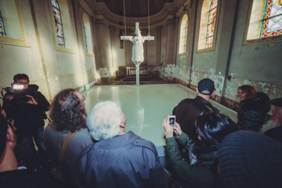 Ultrakatholieken veroordeeld voor vernieling <I>Holy cow </I>