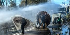 Amnesty: 'Pushbacks en geweld standaardbeleid tegen migranten in Griekenland'