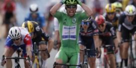 Opnieuw raak: Mark Cavendish pakt tweede etappezege en wint hattrick in Châteauroux