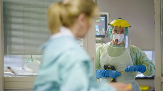 Minder dan 300 patiënten in ziekenhuizen