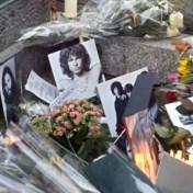 Jim Morrison vijftig jaar dood: fans verzamelen op Père-Lachaise
