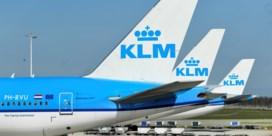 KLM onderzoekt filmpje van juichend grondpersoneel: 'Oprotten, Marokkanen'