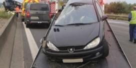 Dodelijk ongeval op de E17 door achtergelaten wagen, twee inzittenden nog steeds spoorloos