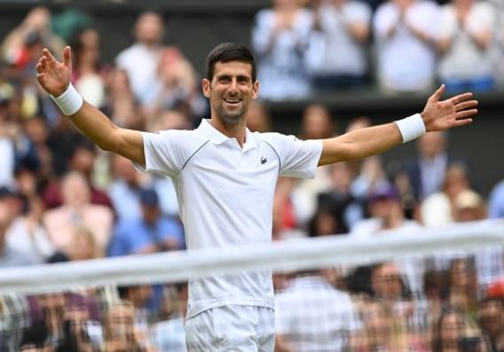 Zesde Wimbledontitel voor Djokovic, die Federer en Nadal inhaalt