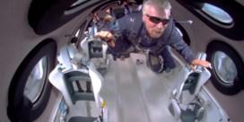 Richard Branson heeft boodschap vanuit ruimteschip: 'Stel je voor wat mogelijk is'
