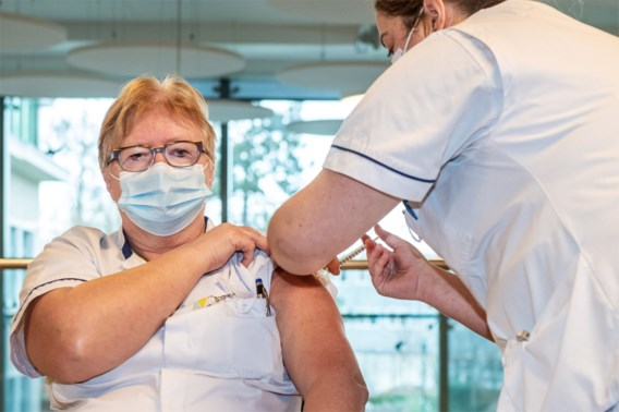 Belgische ziekenhuizen en woonzorgcentra vragen zelf om verplichte vaccinatie