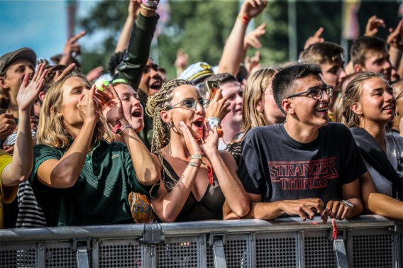 Nederlands muziekfestival gelinkt aan 1.000 besmettingen