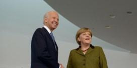 Biden trekt voluit de Duitse kaart met bezoek Merkel