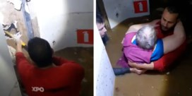 Beklijvende beelden uit Verviers tonen hoe vrouw via gat in muur gered wordt