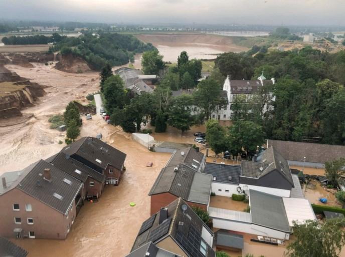 Aardverschuiving in Duitse stad: 'Veel noodoproepen, maar redding vaak niet mogelijk'