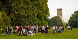 Berlijn danst in het park en laat zich testen in de club