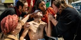 Moet premier ingrijpen? Partijvoorzitters kibbelen op Twitter over hongerstakers