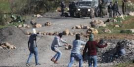 Soldaten, stenengooiers en de cameraploeg