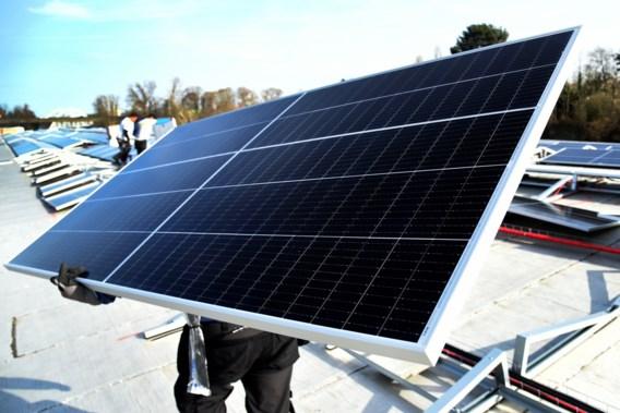Vanaf vandaag aan te vragen: premie voor eigenaars van zonnepanelen met digitale meter