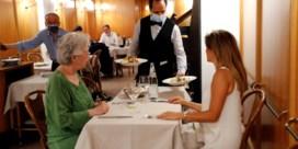 Italië gaat coronaregels aanscherpen, 'groene pas' nodig om op restaurant te gaan
