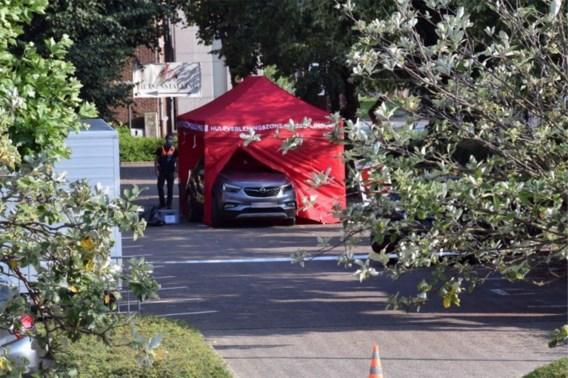 Kind (1) in Pelt overleden na aanrijding met auto op parking