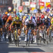 Dylan Groenewegen pakt tweede ritzege in Ronde van Wallonië na sterke sprint