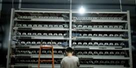 Terwijl cryptocomputers draaien, zit de lokale bevolking zonder stroom