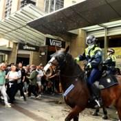 Hevige clash tussen betogers en politie tijdens antilockdownprotesten in Australië